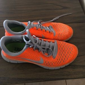Nike Free Running Shoes 10.5